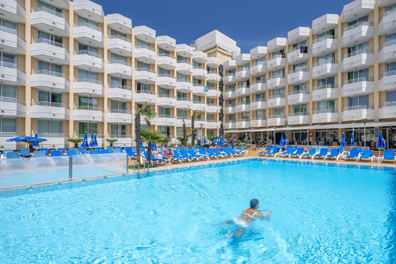Hotel-Oasis-Tossa-Spa-08.png