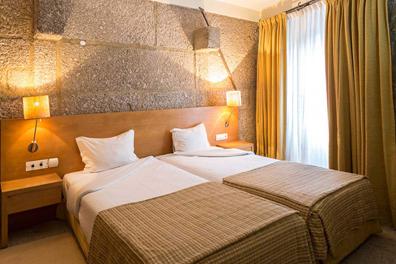 Hotel-Rural-Charme-Maria-Fonte-04.png