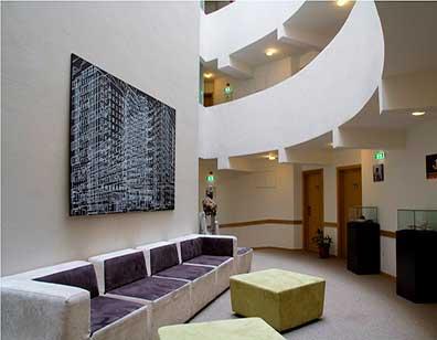 lobby7.jpg