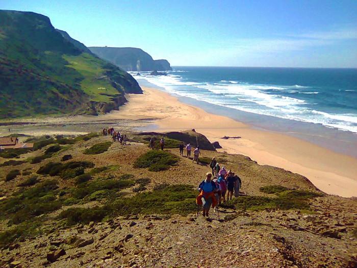 Financial Times descobre a praia perfeita em Portugal