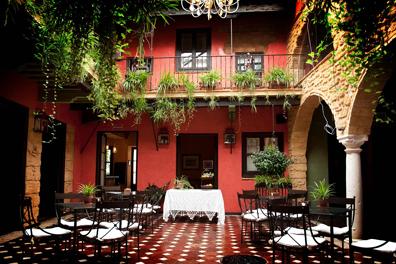 La-Casona-Calderon-Hotel-Museo-01.png