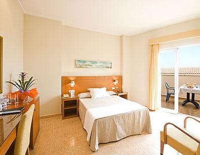Hotel-Traina-WEB-02.jpg