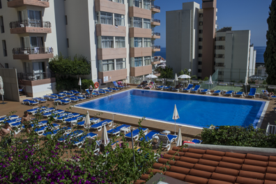 Hotel-Dorisol-Estrelicia-01.png