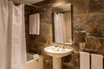 Hotel-Rural-Charme-Maria-Fonte-05.png